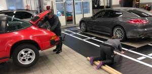Jocke och John på Porsche Service Center Haninge 2019