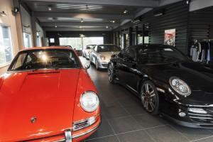 Porsche inne hos Porsche Service Center Haninge